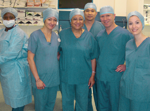 Hadi Zambarakji and his surgical team